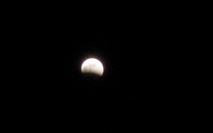 La pleine lune perturbe bien notre sommeil